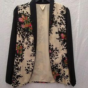 Pins & Needles lightweight floral blazer